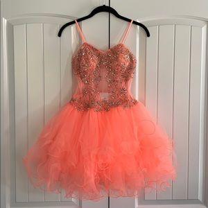 Amazing peach tone prom dress